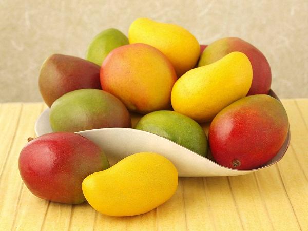 Как выбрать манго на ощупь