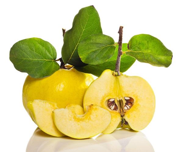 Фрукт или ягода айва