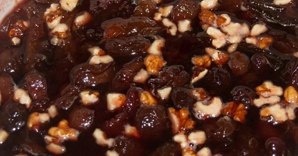 Варенье с орехами