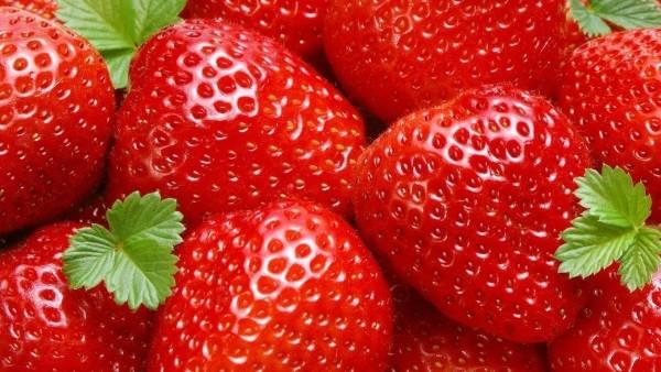 Клубничные плоды