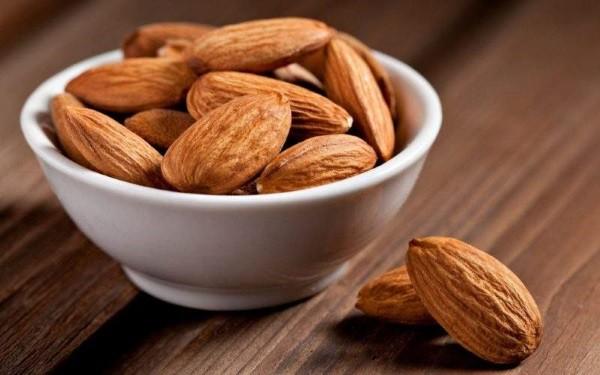 Косточки абрикоса: польза и вред
