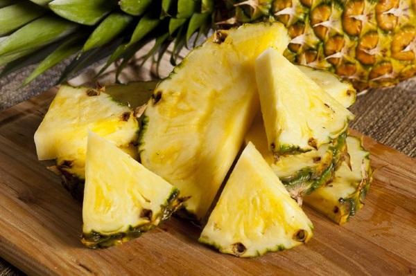 Отличие от свежего ананаса