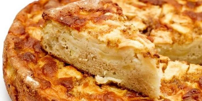 Шарлотка с яблоками - рецепт в духовке, в мультиварке, на скороде