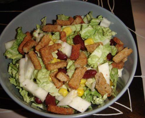 Салат из пекинской капусты - рецепты с курицей, огурцом, крабовыми палочками, кукурузой